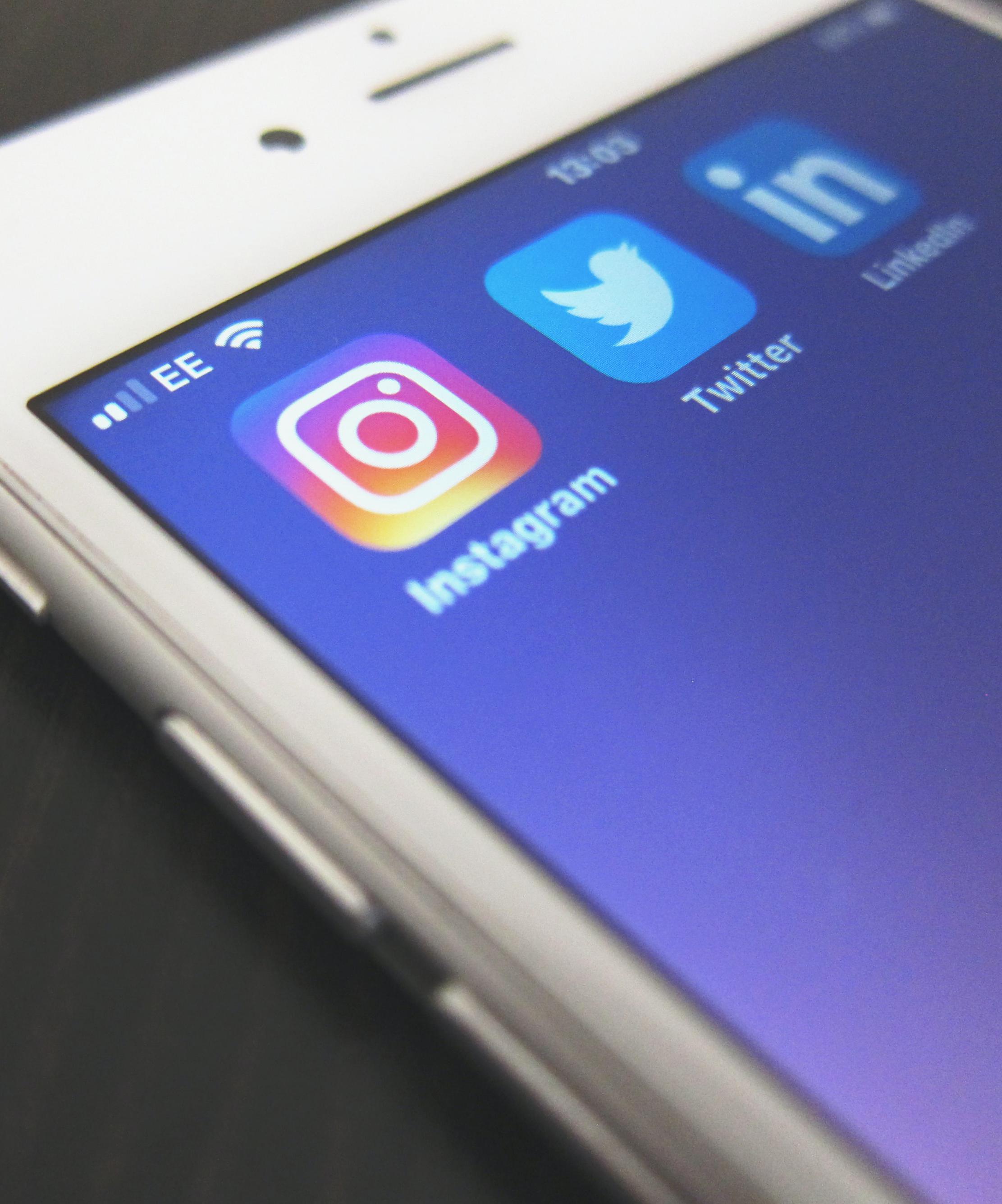 Réseau sociaux sur smartphone